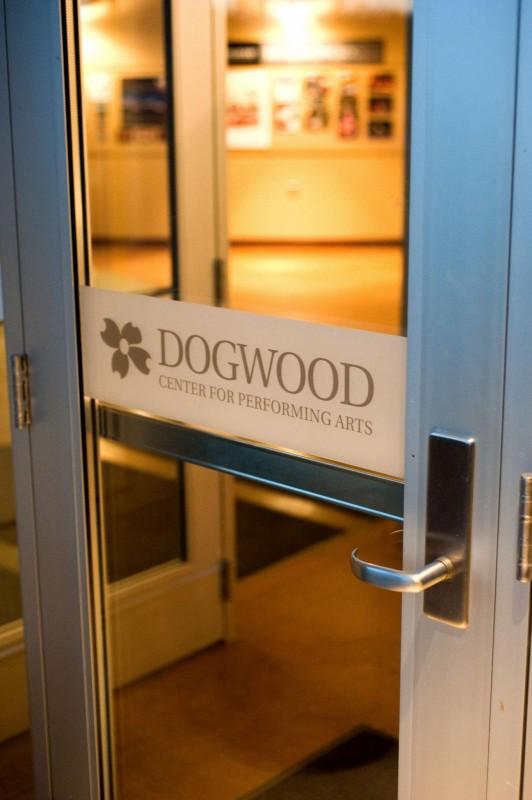 dogwooddoor1